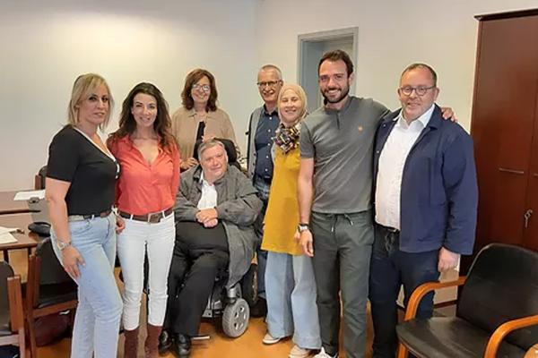 photo d'équipe - rencontre parlementaire ASPH-APEPA & co